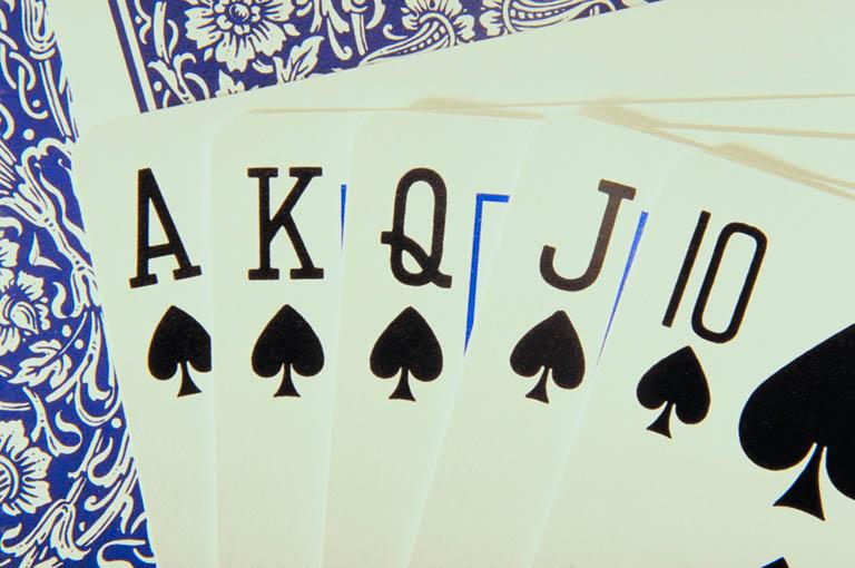 Про интернет казино снг